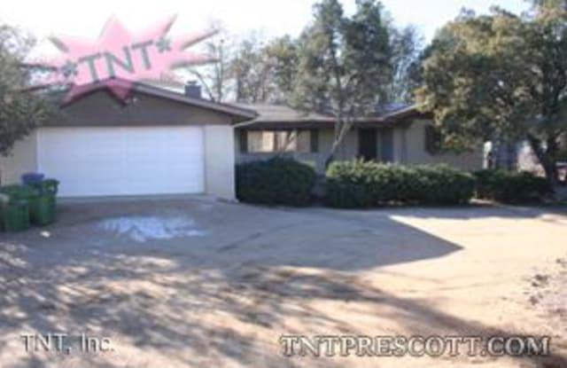 903 Green Ln - 903 Green Lane, Prescott, AZ 86305