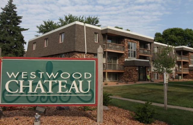 Westwood Chateau - 2242 Nevada Ave S, St. Louis Park, MN 55426
