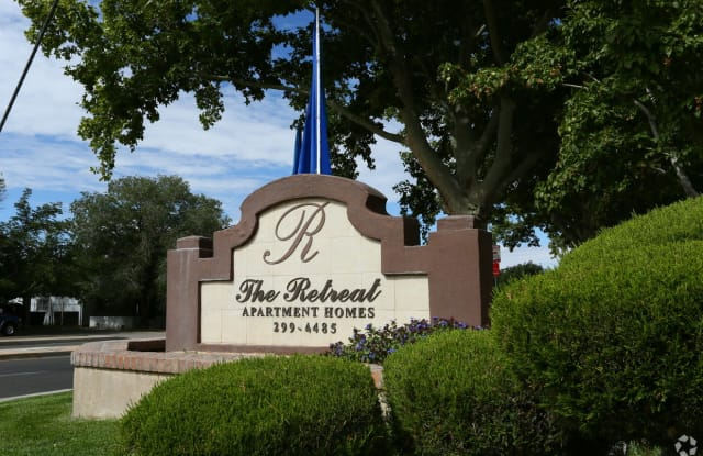 Retreat at Candelaria - 3011 Jane Pl NE, Albuquerque, NM 87111