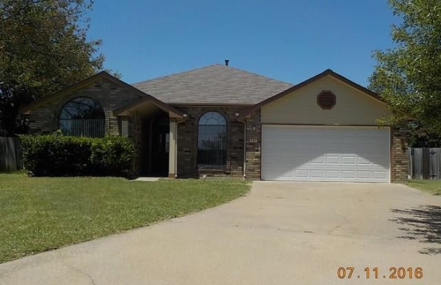 401 Hogan Circle - 401 Hogan Cir, Harker Heights, TX 76548