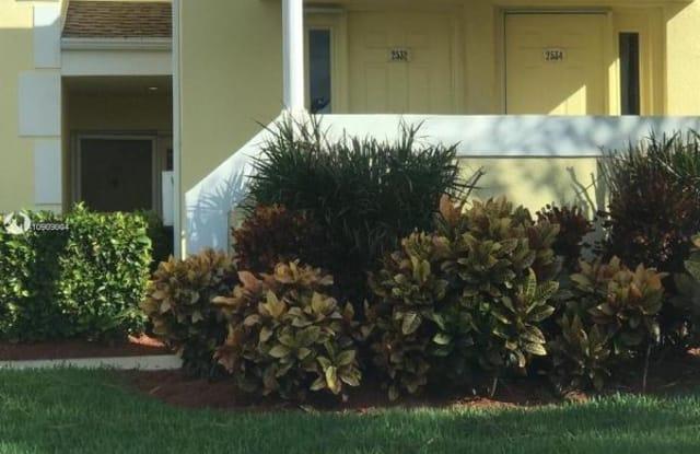 2534 SE 19th Pl 204 - 2534 Southeast 19th Place, Homestead, FL 33035