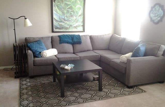 Hidden Acres Apartments - 1284 Hidden Cir E, Sarasota, FL 34243