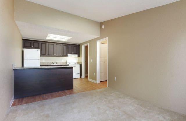 Sandpiper Apartments - 2403 S 25th St, Fort Pierce, FL 34981