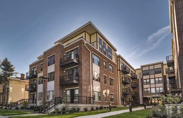 Clinton West Apartments - 3007 Clinton Ave, Cleveland, OH 44113