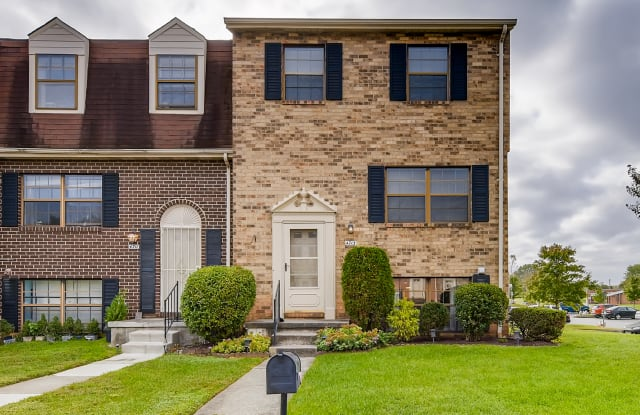 4713 Grand Bend Dr - 4713 Grand Bend Drive, Catonsville, MD 21228