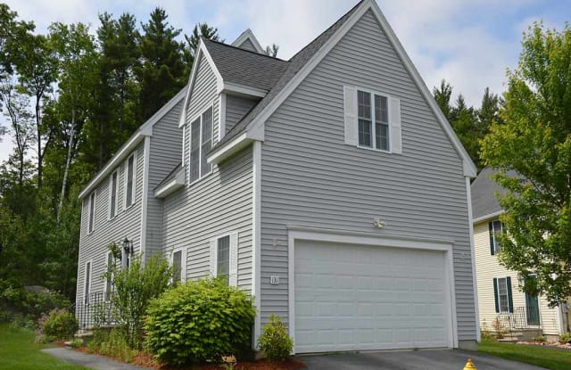 131 Forest Hill Way - 131 Forest Hill Way, Manchester, NH 03109