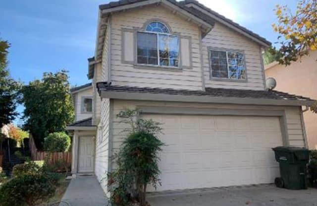762 Parkway Dr - 762 Parkway Drive, Martinez, CA 94553