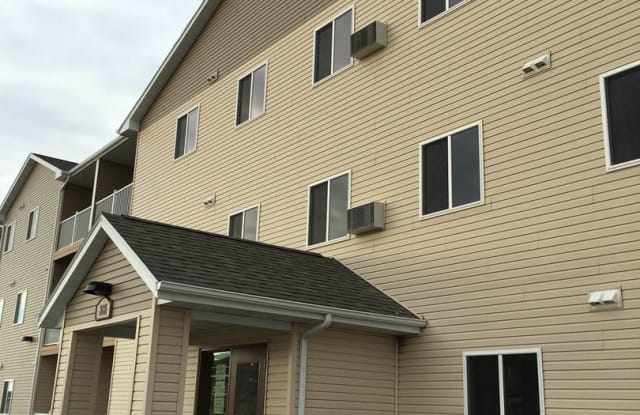 Parkview Place - 2031 NW 33rd St, Minot, ND 58703