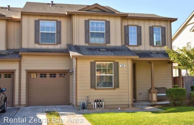2348 Tedeschi Dr - 2348 Tedeschi Dr, Santa Rosa, CA 95403
