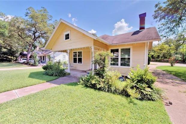 203 Pecan Street - 203 Pecan Street, Terrell, TX 75160