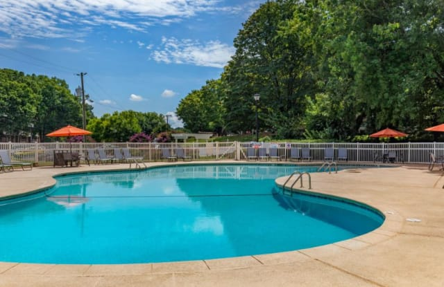 Grand Arbor Reserve Apartment Homes - 2419 Wycliff Rd, Raleigh, NC 27607