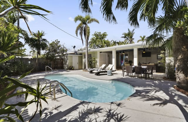Poolside Paradise - 2020 Fogarty Avenue, Key West, FL 33040