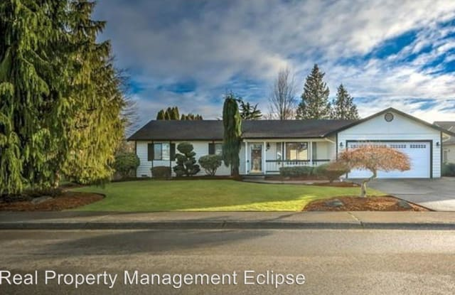 4402 130th St SE - 4402 130th Street Southeast, Eastmont, WA 98208