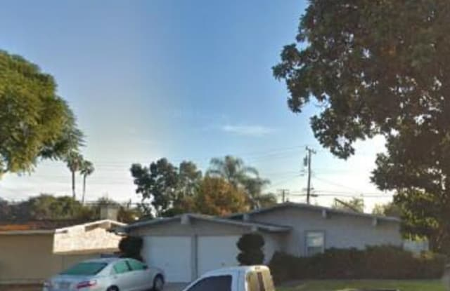 210 Topo Street - 210 South Topo Street, Anaheim, CA 92804