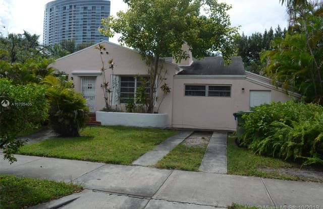 444 NE 39th St - 444 Northeast 39th Street, Miami, FL 33137