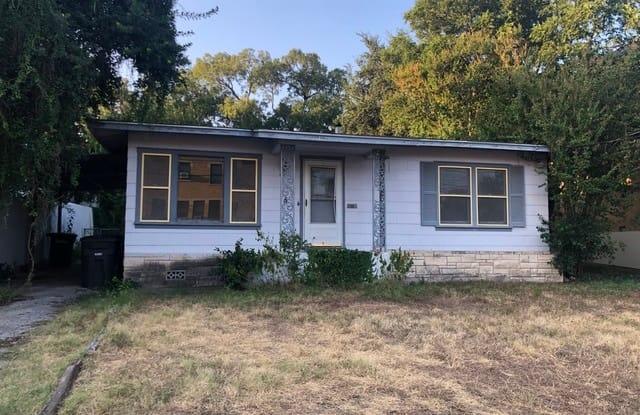 251 E Kings Hwy - 251 East Kings Highway, San Antonio, TX 78212