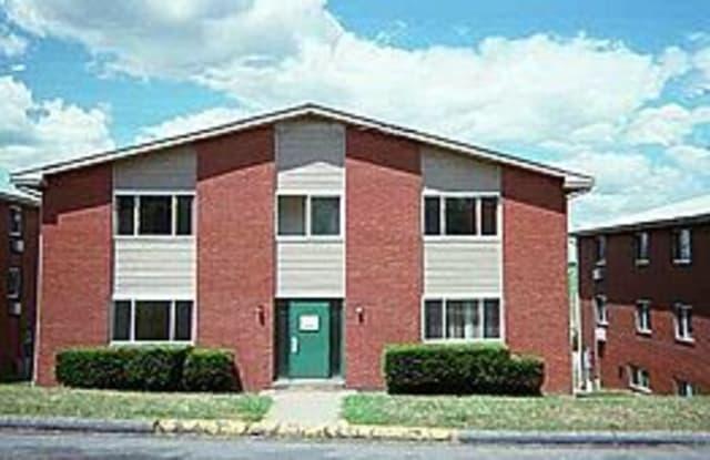 517 Center St - 517 Center St, Slippery Rock, PA 16057