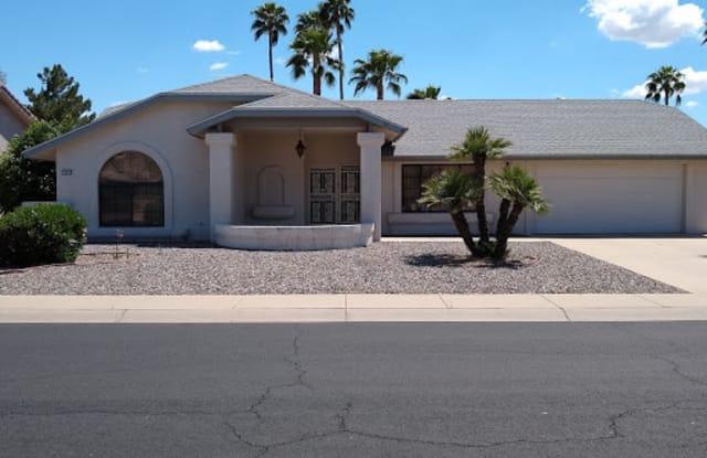 13615 W Gable Hill Dr - 13615 West Gable Hill Drive, Sun City West, AZ 85375