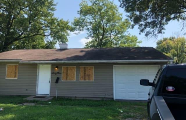 69 st ambrose - 69 St Ambrose Drive, Cahokia, IL 62206