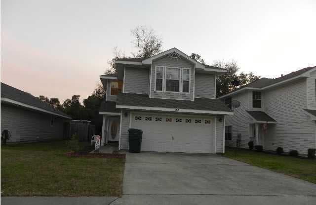 6213 COTTAGE WOODS DR - 6213 Cottage Woods Drive, Milton, FL 32570