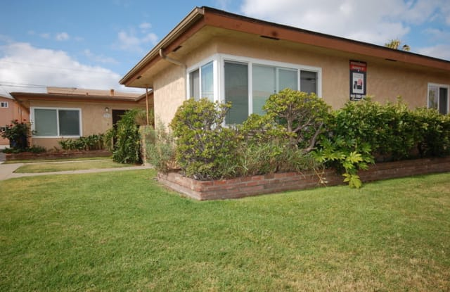 129 Daisy Avenue - 129 Daisy Ave, Imperial Beach, CA 91932