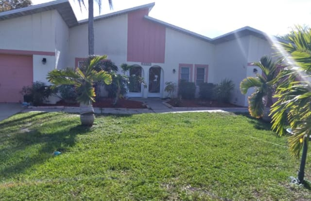 504 Southeast 6th Terrace 1 - 504 Southeast 6th Terrace, Cape Coral, FL 33990