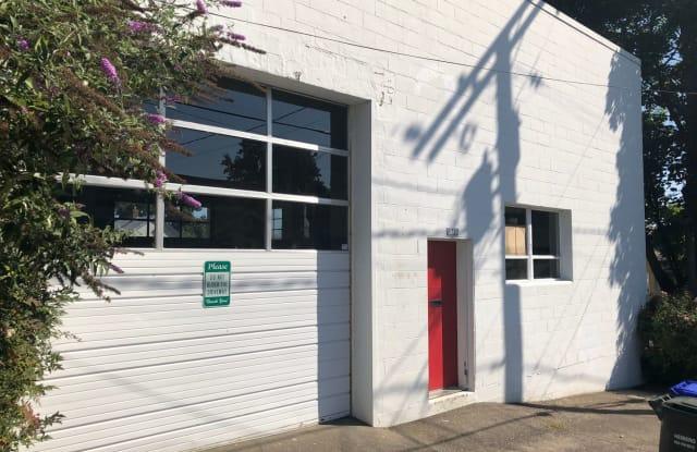 1715 SE Spokane - 1715 Southeast Spokane Street, Portland, OR 97202