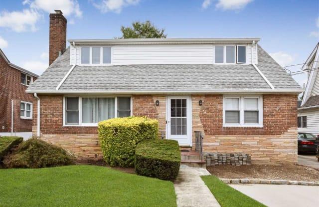 47 Beechwood Ave - 47 Beechwood Avenue, Port Washington, NY 11050