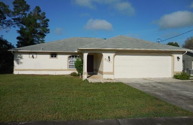 5251 Deltona Boulevard - 5251 Deltona Boulevard, Spring Hill, FL 34606