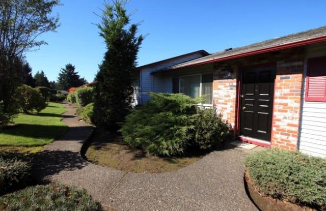 Pleasant Square - 788 Pleasant Avenue, Oregon City, OR 97045