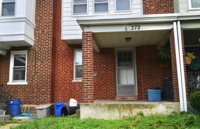 372 W MILNE STREET - 372 West Milne Street, Philadelphia, PA 19144