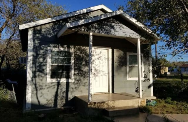105 FAIRMONT ST - 105 South Fairmont Street, Amarillo, TX 79106