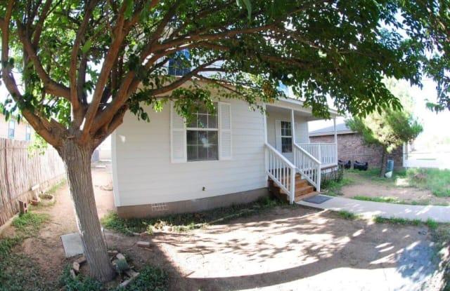 1109 W Fort Davis St - 1109 W Fort Davis Ave, Alpine, TX 79830