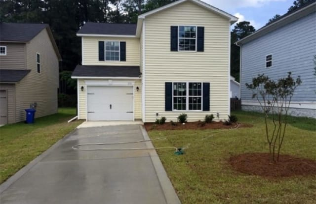 230 Chloe Drive - 230 Chloe Drive, Fayetteville, NC 28301