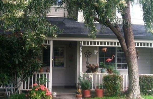 2822 College Ave - 2822 College Avenue, Livermore, CA 94550