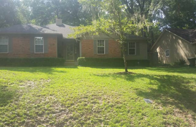 550 STONE HOUSE - 550 Stone House Road, Tallahassee, FL 32301