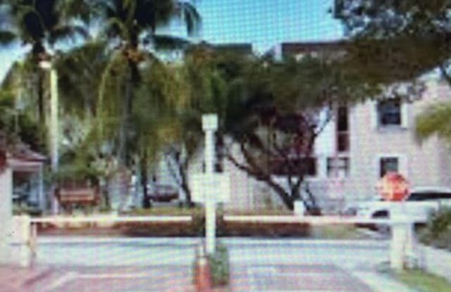 10229 Northwest 9th Street Circle - 10229 Northwest 9th Street Circle, Fountainebleau, FL 33172