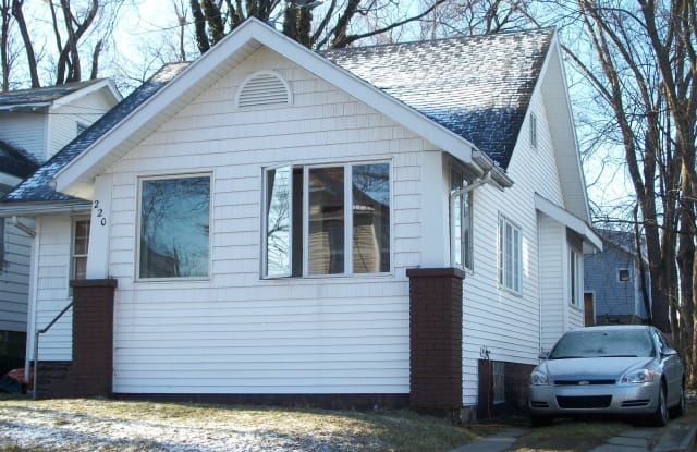 220 Corinne St SW - 220 Corinne Street Southwest, Grand Rapids, MI 49507