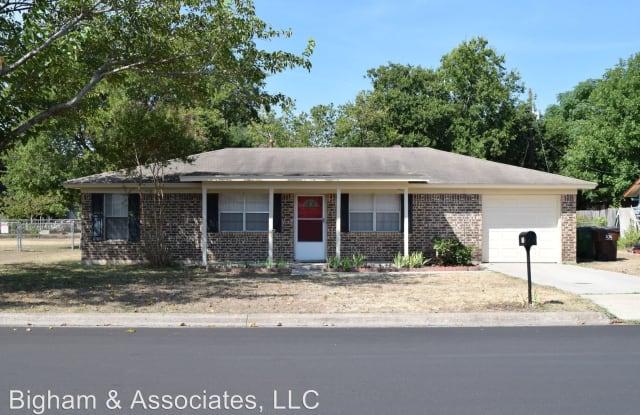1203 Meadows Dr - 1203 Meadows Drive, Round Rock, TX 78681