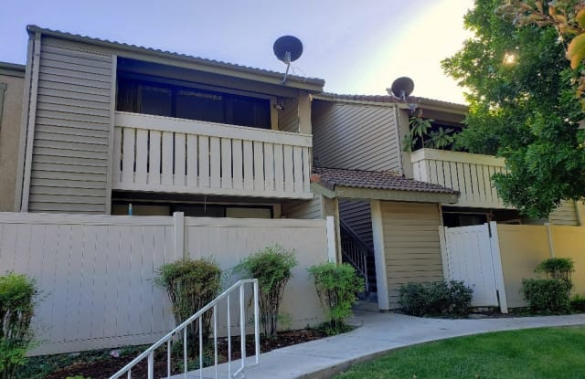96 Country Mile Road - 96 Country Mile Road, Pomona, CA 91766