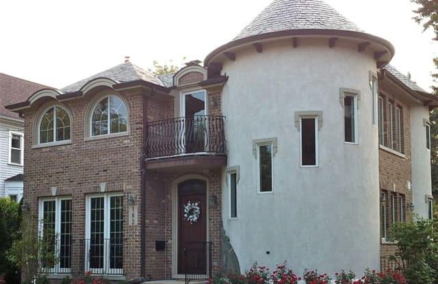 182 Forest Street - 182 Forest Street, Winnetka, IL 60093