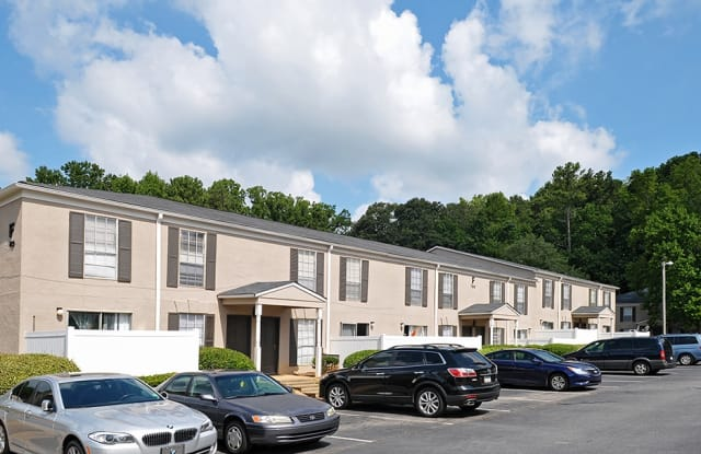 Kristopher Woods Apartments - 792 Jolly Ave S, Clarkston, GA 30021