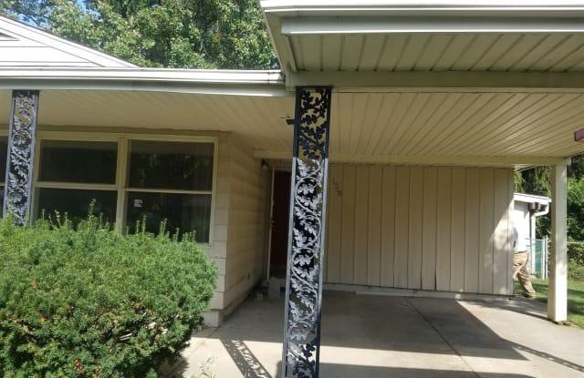 1716 Briarwood Dr - 1716 Briarwood Drive, Flint, MI 48507