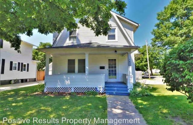 1630 Evergreen St - 1630 Evergreen Street, Rockford, IL 61101