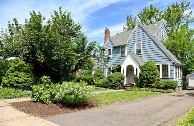 390 Fern Street - 390 Fern Street, West Hartford, CT 06119