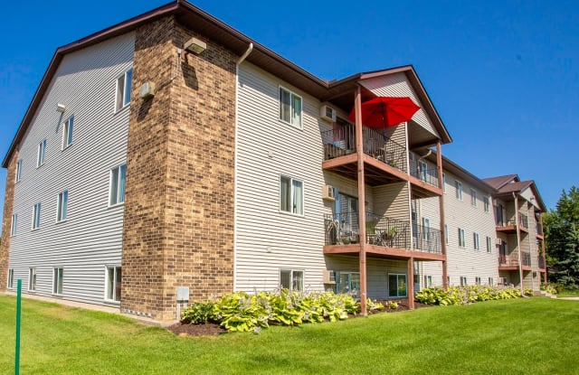 Dove Terrace - 1227 School St NW, Elk River, MN 55330