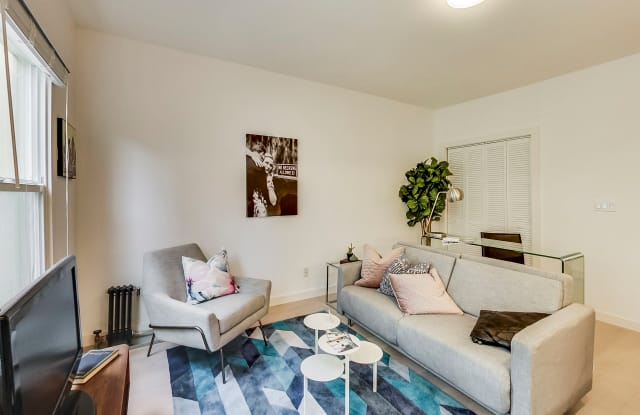 1075 O'FARRELL Apartments - 1075 O'farrell Street, San Francisco, CA 94109
