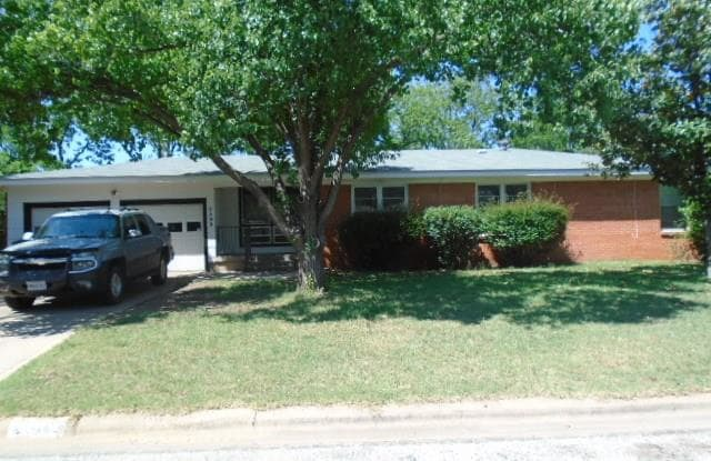 2500 S 35th Street - 2500 South 35th Street, Abilene, TX 79605