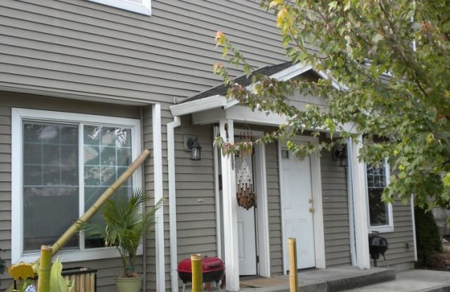 8314 South East Yamhill Street - 8314 SE Yamhill St, Portland, OR 97216