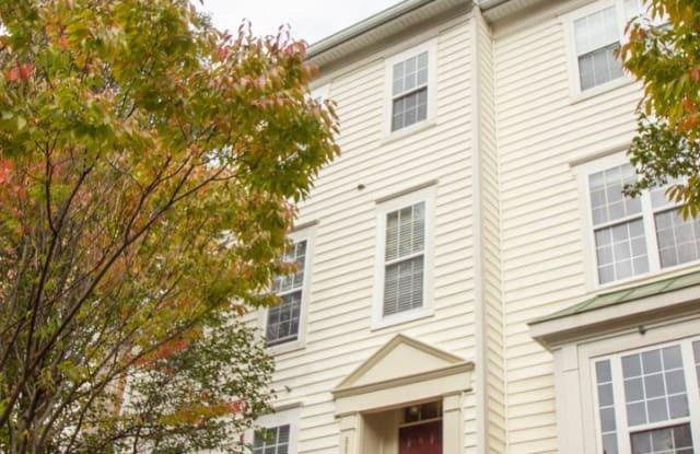 8860 Ashgrove House Ln #202 - 8860 Ashgrove House Lane, Tysons Corner, VA 22182